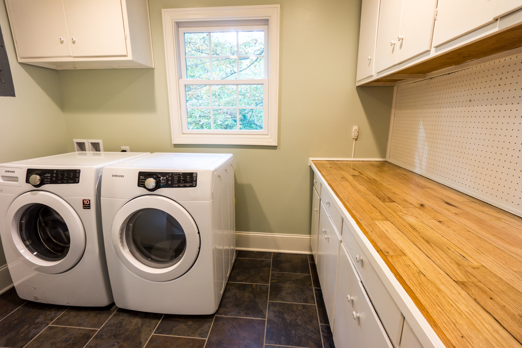chapel-hill-green-certified-laundry-room