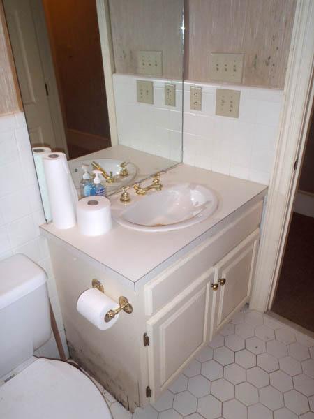 water-damaged-bathroom-before-being-restored